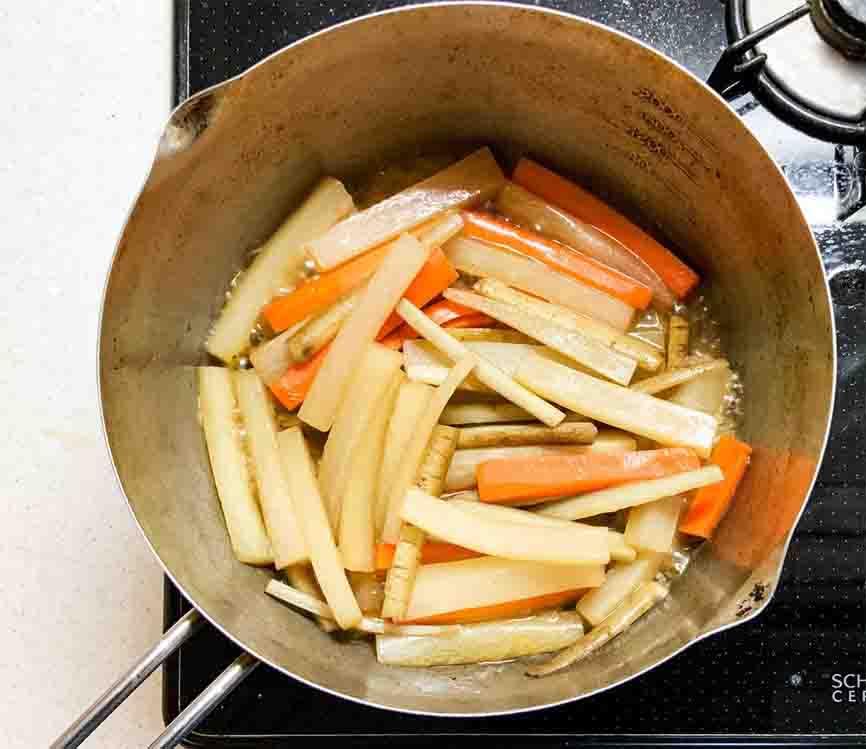kinpira-tomitsuru_kinpira_cook